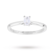 Emerald Cut 0.25 Carat Diamond Solitaire Ring in 18 Carat White Gold
