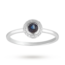 Brilliant Cut Sapphire Ring in 9 Carat White Gold