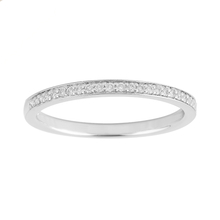 Brilliant Cut 0.13 Carat Total Weight Ladies Wedding Ring in Platinum