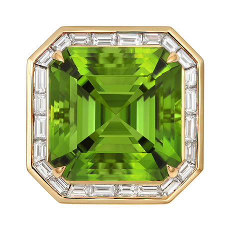 18ct Yellow Gold and Diamond Ring with 22.37ct Peridot