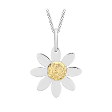 9 Carat 2 Colour Gold Daisy Flower Pendant 18 Inch